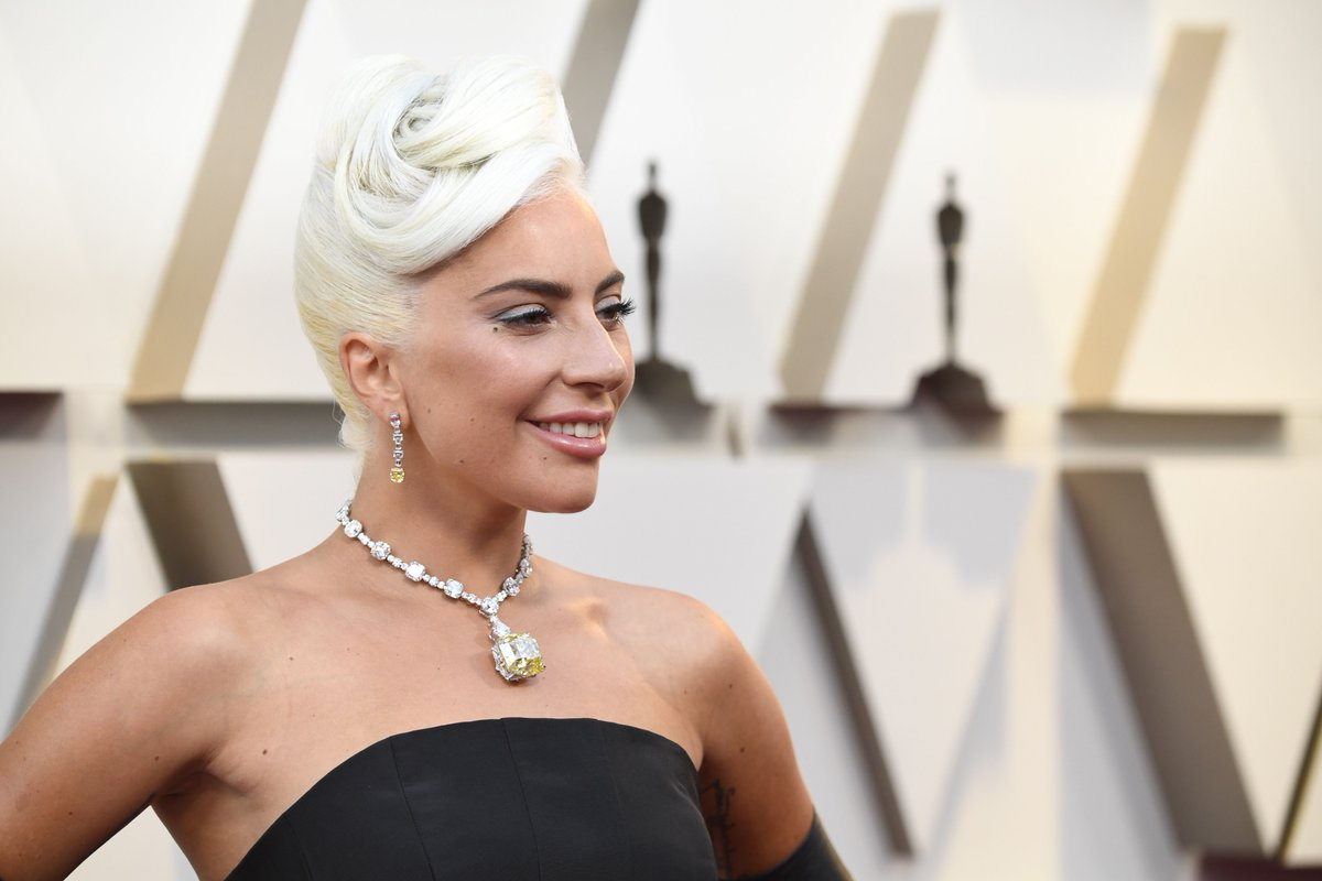Lady Gaga Shines at Oscars in $30 Million Tiffany Yellow Diamond Once Worn by Audrey Hepburn