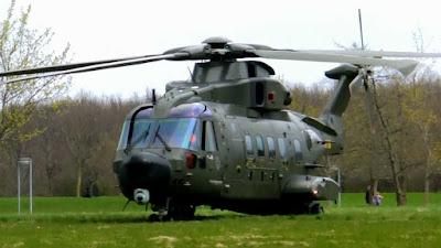 Menhan Berencana akan membeli Satu Unit Helikopter Buatan Inggris untuk Keamanan Presiden - Commando
