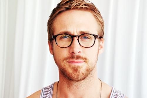 Memilih Bingkai Kacamata Sesuai Bentuk Wajah Lelaki  a1f3962b15
