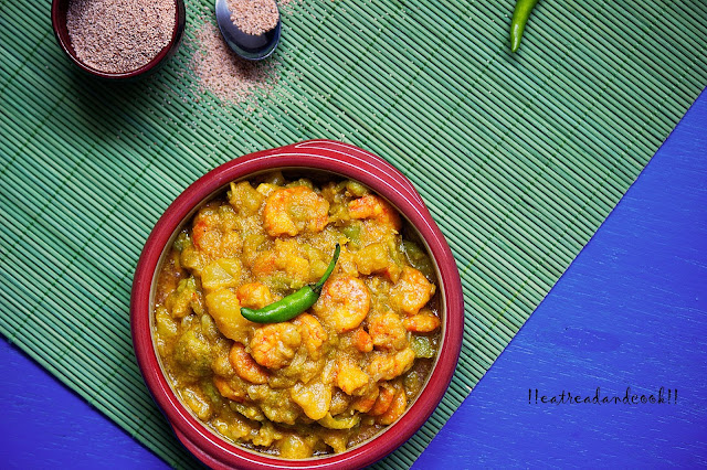 bengali recipe and preparation Jhinge Chingri Posto recipe / Prawns and Ridge Gourd Curry with Poppy Seeds Paste recipe with step by step pictures