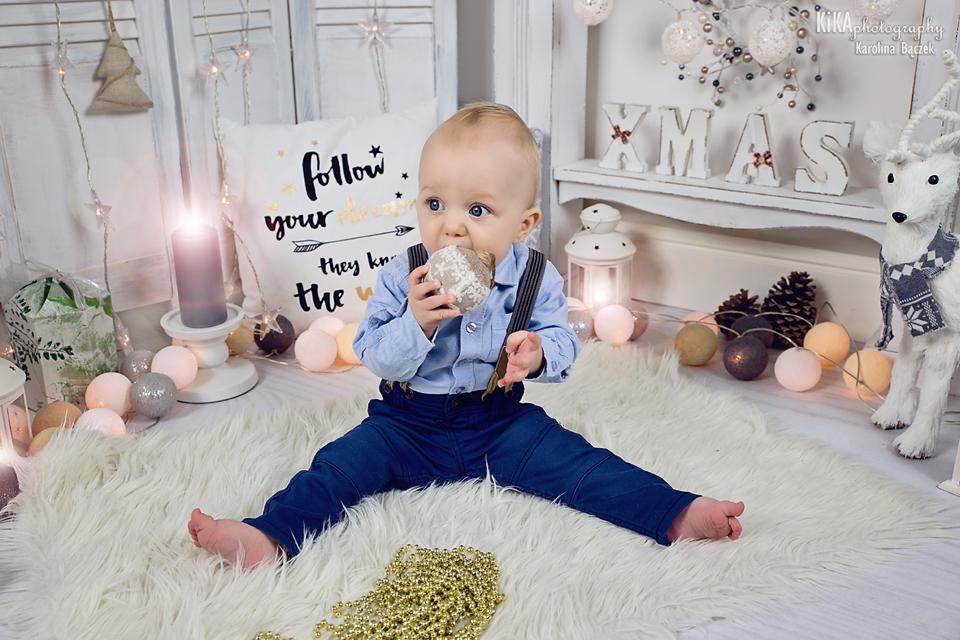 Nasza sesja Bożonarodzeniowa - jak przygotować się do sesji z niemowlęciem?