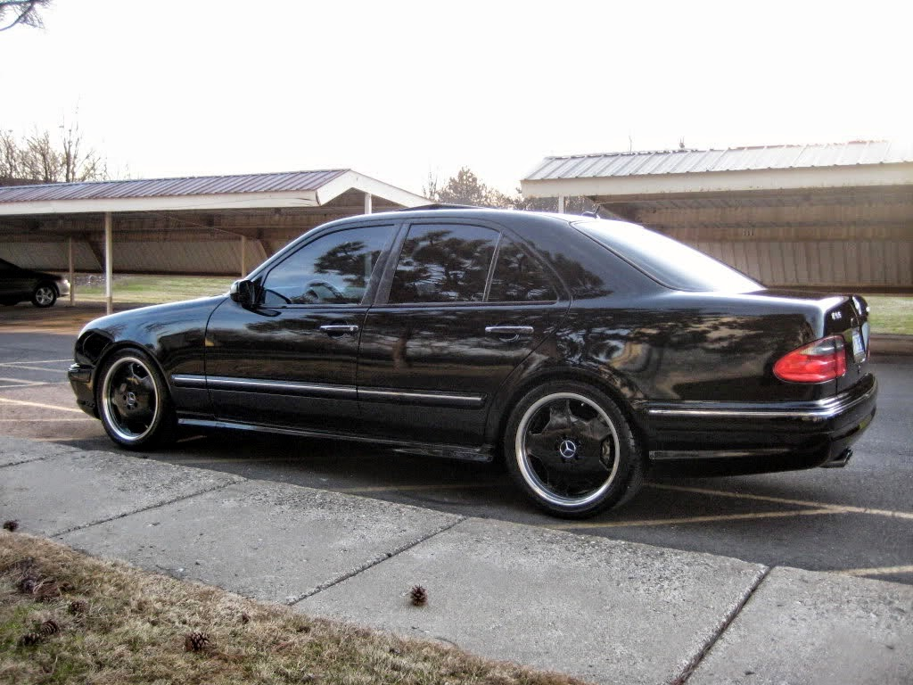 mercedes w210 e55 amg black on black benztuning. Black Bedroom Furniture Sets. Home Design Ideas