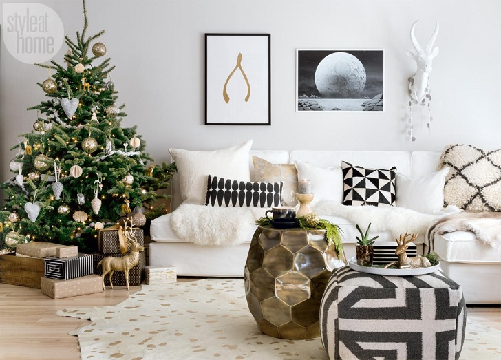 the owners of this apartment in ontario canada love the natural style in everything so christmas decorations are made primarily of wood linen felt - Cozy Christmas Decor