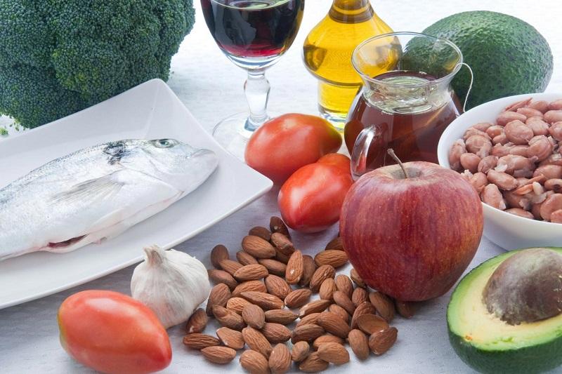 10 maneiras naturais de reduzir seus níveis de colesterol
