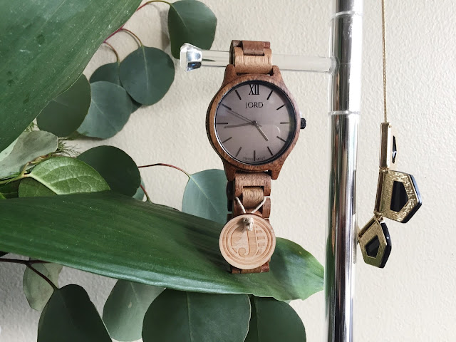 JORD Wood Watch + Fashion Accessories Storage Idea