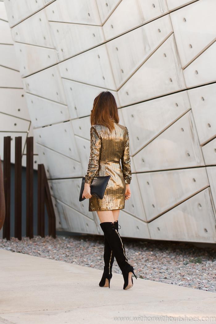 Blogger influencer con ideas de estilismo para Navidades