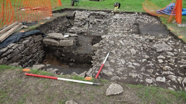 Saxon workshop evidence found by amateur archaeologists in Somerset