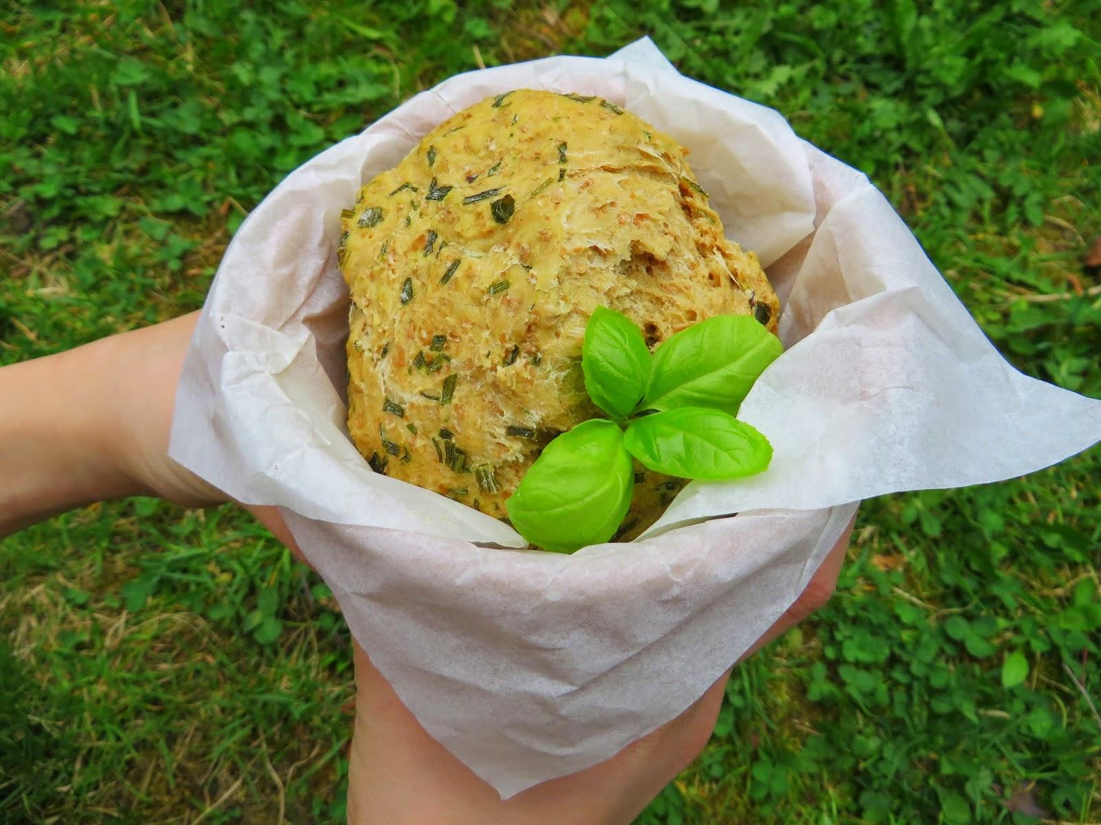 Frühlingskräuter- Brot