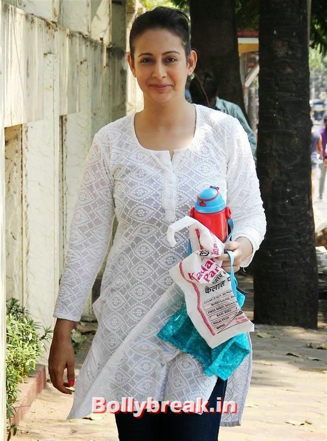 Preeti Jhangiani, Sanjay Gupta Bollywood Holi Party Pics 2014