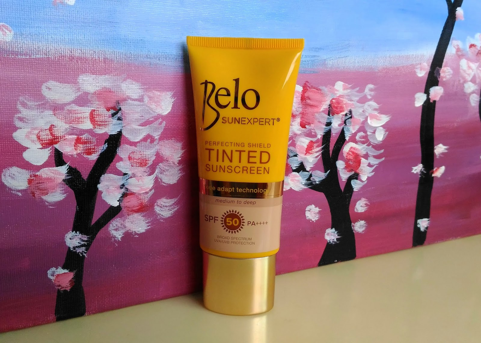 Lucky Citrine Belo Sunexpert Tinted Sunscreen Spf 50 Pa Spf50 Face It Comes In A Bright Sunny Yellow Tube But With Smooth And Sleek Cap That Has Sophisticated Feel However I Thought Part Of The Was Transparent To