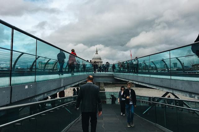 ミレニアム・ブリッジ(Millennium Bridge)