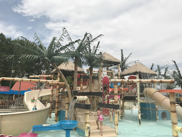 Colorado water park, Water world in Colorado, what is tube valet at water world, what is the pharaohs feast at water world, Colorado travel blogger, Colorado mom blogger, Denver travel blogger, Denver mom blogger, Colorado Lifestyle Blogger, Denver Lifestyle blogger