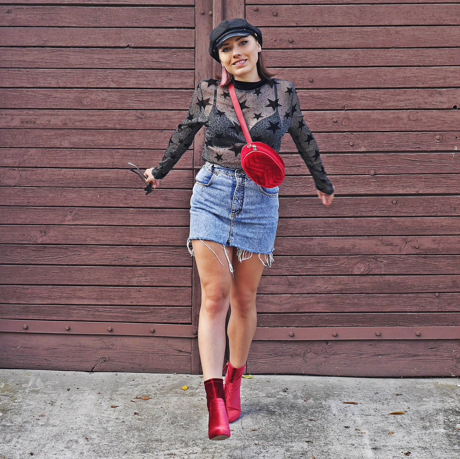 Czerwona nerka welurowa renee jeansowa spódnica karyn blog modowy