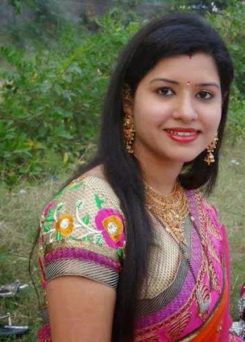 Beautiful And Hot Desi Girls photo Collection