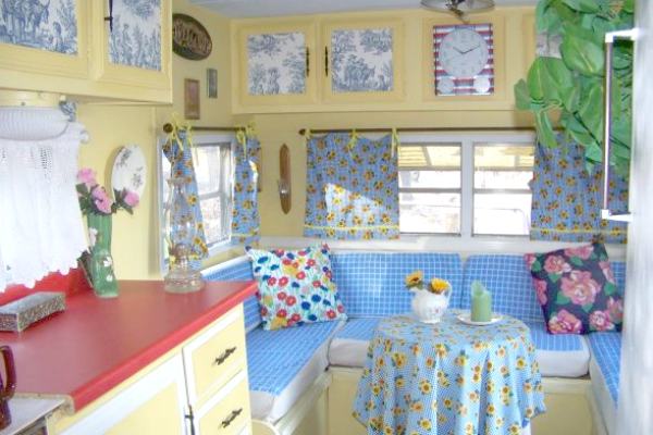 More Vintage Campers Cozy Little House