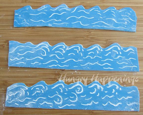 Ocean Cupcakes with Edible Cupcake Wrapper Waves