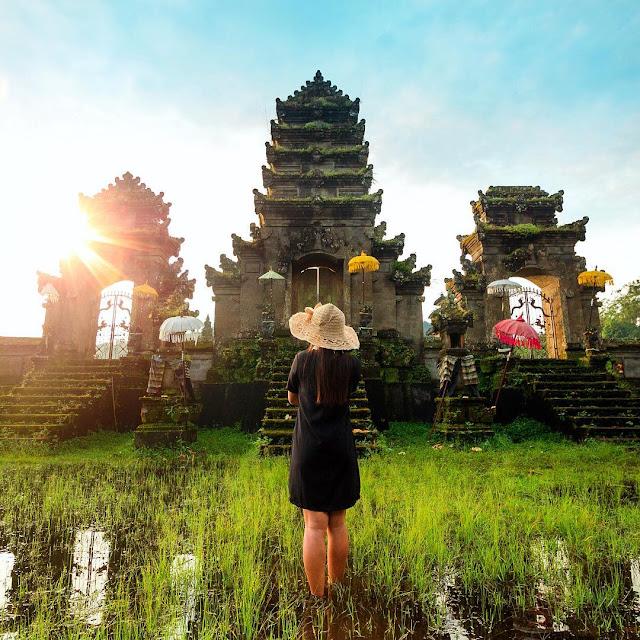 Pura Danau Tamblingan, Buleleng, Bali,Beautiful Temples Near Ubud Bali Travelers Must Visit