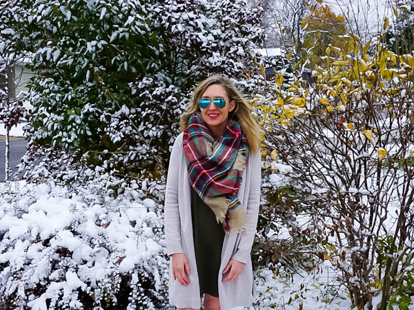 How to Wear Hunter Boots with a Dress