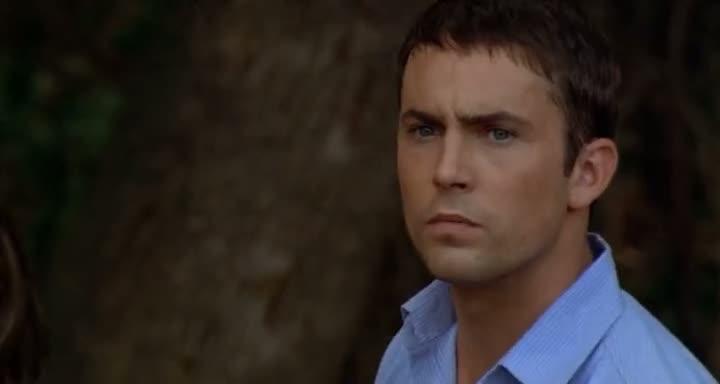 Screen Shot Of Wrong Turn (2003) English Movie 300MB Short Size PC Movie