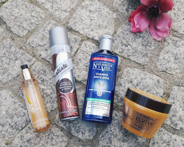 Produtos terminados; oléo cabelo Matriz Exquisiteoil; Champô seco Batiste cabelos escuros; Natureza y vida champô, shampoo antiqueda; máscara cabelo L'oreal Elvive óleo extraordinário; Produtos de cabelo