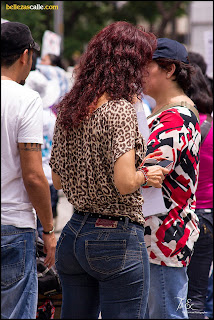 señoras-nalgonas-jeans-ajustados
