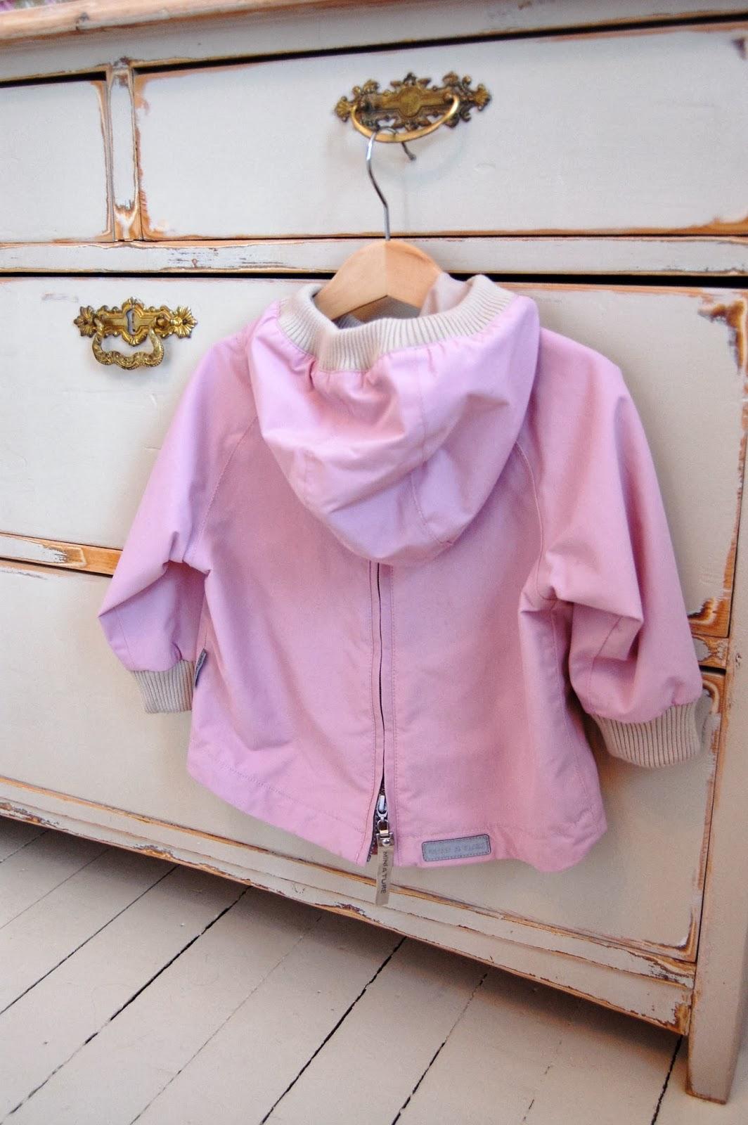 eb06b71b Fargen på bildet avviker noe fra virkeligheten,- den er mye dusere rosa i  real life.