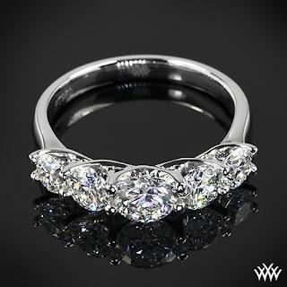 22-anillo-de-5-piedras-preciosas