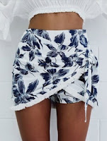 http://www.romwe.com/Floral-Tassel-Wrap-Skirt-Shorts-p-168401-cat-680.html?utm_source=beautybygaby.blogspot.com&utm_medium=blogger&url_from=beautybygaby