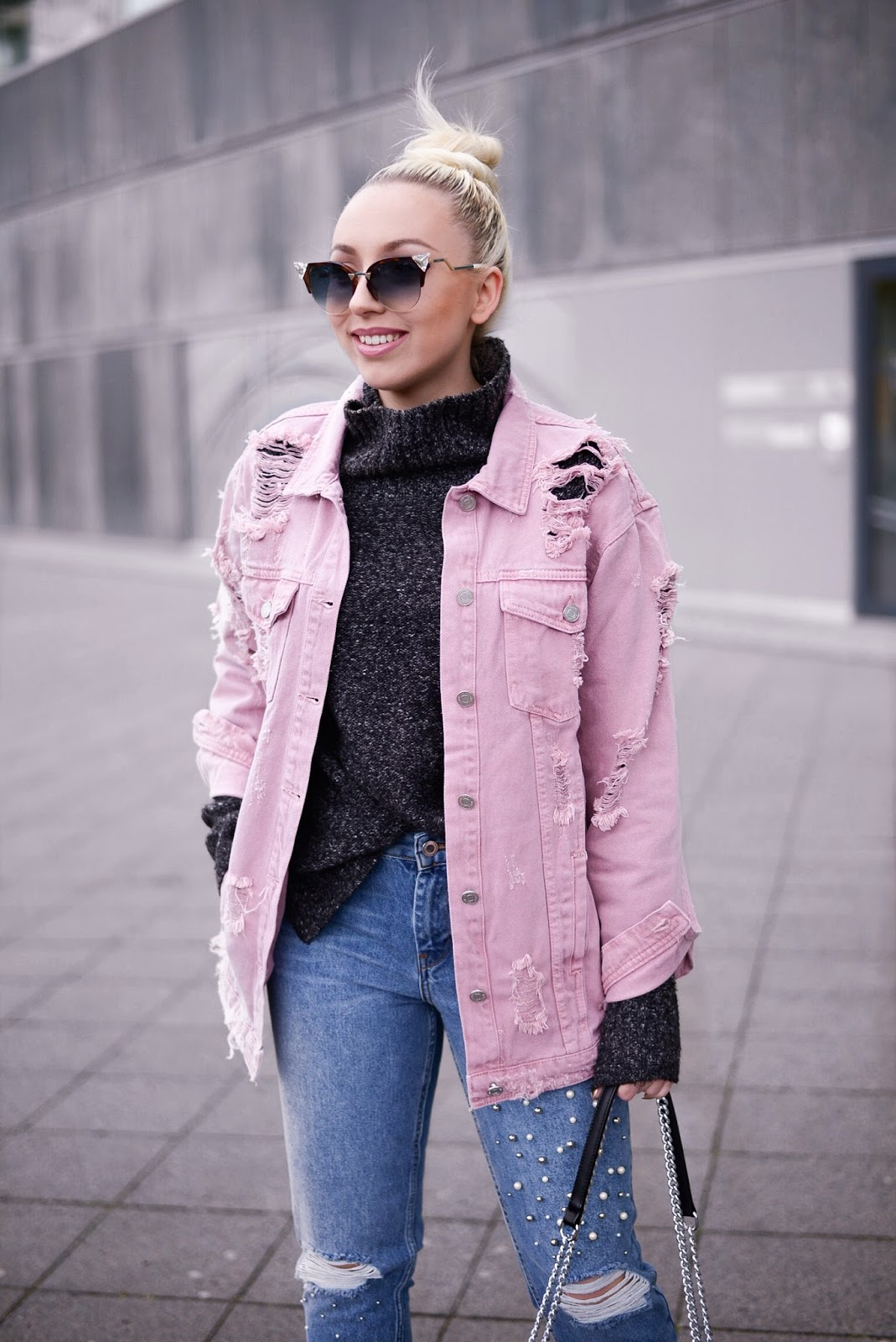 fendi iridia sunglasses_fendi sunglasses_topshop denim jacket_zara jeans with pearls_fendi iridia sonn
