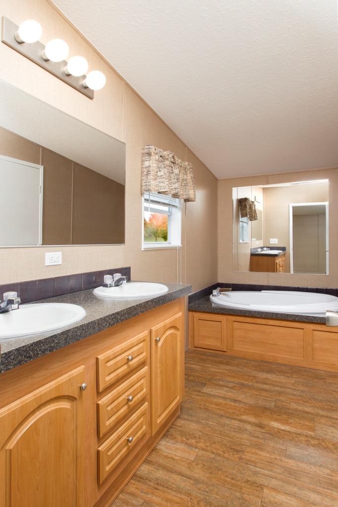 Superb Peyton 3 Bedroom 2 Bath 1272 Square Feet