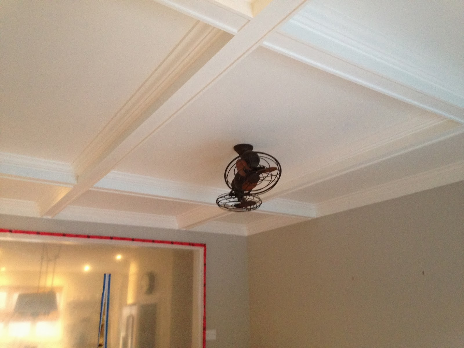White Wood : My DIY coffered ceiling