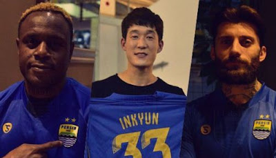 Nomor Punggung Tiga Pemain Baru Persib Bandung: Bojan, Victor, In-kyun