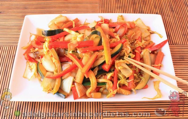 Receta saludable de CHOP SUEY DE VERDURAS bajo en calorías y colesterol, apto para diabéticos y veganos. COCINA FÁCIL Y SANA. INCLUYE VIDEO.