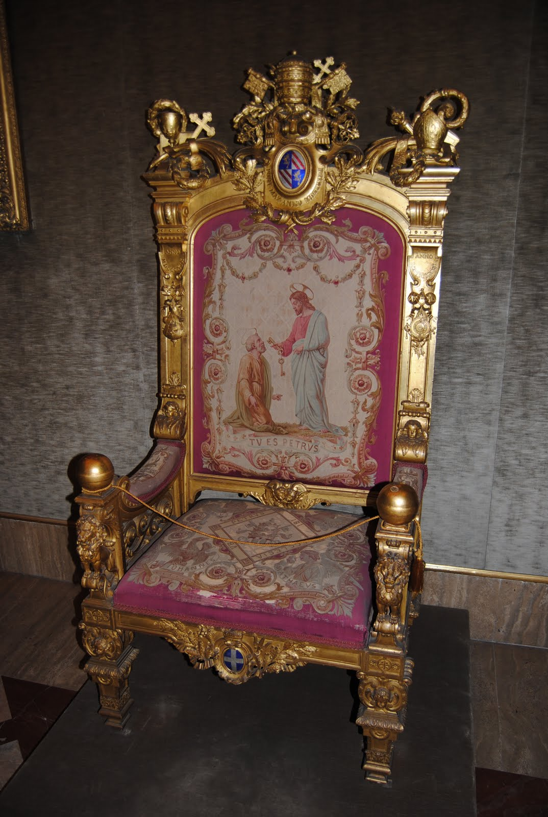 throne pictures orbis catholicus secundus papal throne 149