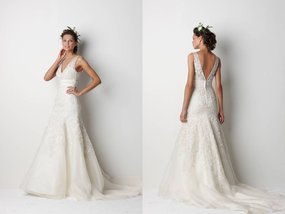 How To Embellish Simple Wedding Dresses: Choose Your Fashion Style: Trend Alert:V-back Lace