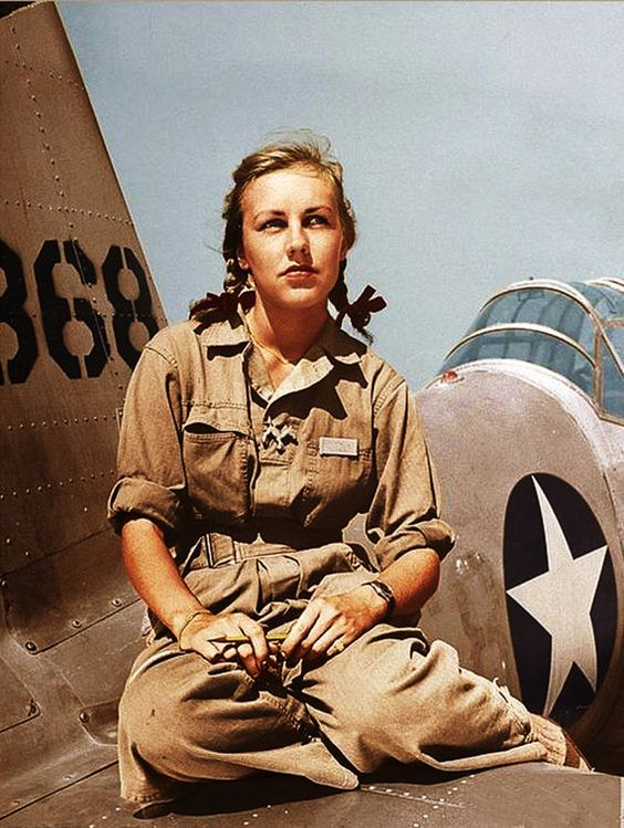 Shirley Slade, a World War II WASP pilot color photos of World War II worldwartwo.filminspector.com