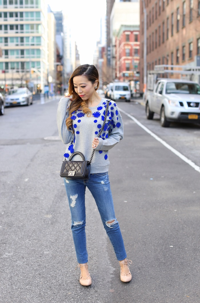 j crew Embellished flower sweatshirt, chanel boy bag, chanel earrings, lace up flats, jcrew lace up flats, AG jeans, spring outfit, spring essentials