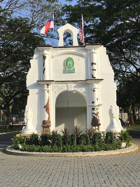 Pintu masuk A'Famosa Resort Melaka