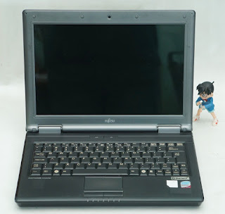 Jual Laptop Bekas Fujitsu Esprimo U9200