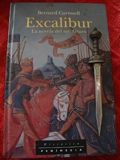 Portada del libro Excalibur, de Bernard Cornwell