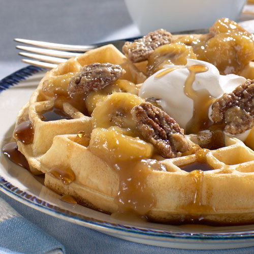 Welcome To Bonnes Amies!: Banana Walnut Waffles