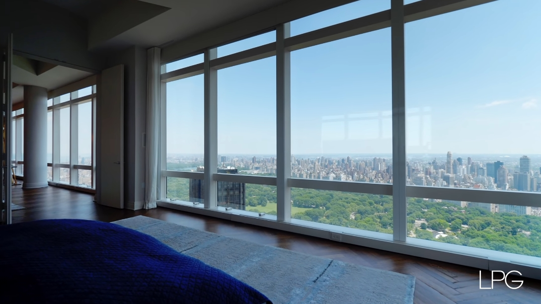 26 Interior Design Photos vs. 25 Columbus Cir #75CE, New York, NY Luxury Penthouse Tour