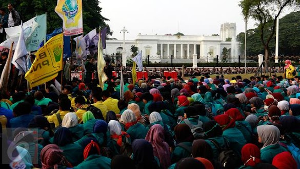 Demo Hari Rabu, Mahasiswa akan Geruduk Istana Hentikan Jokowi Dua Periode