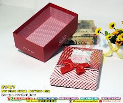 Box Kado Kotak Red Wine Pita