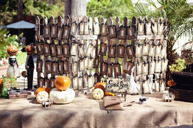 halloween+wedding+spooky+gothic+skeleton+october+fall+autumn+pumpkin+skull+ghoul+ghost+dress+up+costume+party+black+red+orange+tattoo+bride+bridal+groom+12 - Amaretto Finger Cookies