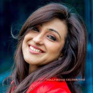Rituparna Sengupta Biography, Husband, Son, Daughter, Father, Mother, Brother, Sister, Family Photos