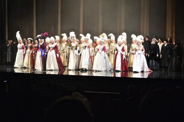 Opéra  de Saint Petersbourg la dame de pique tchaïkovsky Fin de la représentation