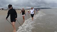 Marche Nordique pieds dans l'eau