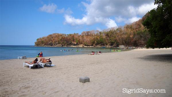 Dakak white sand beach