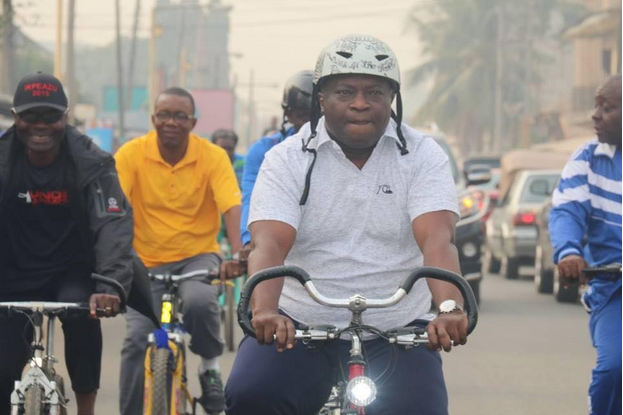 Abia-governor-rides-bicycle-through-the-streets-of-Umuahia-1